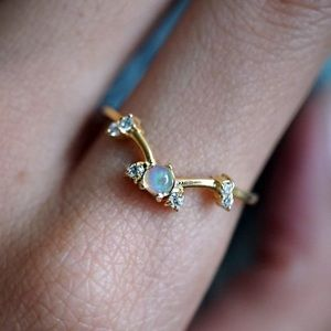 Luna Opal Ring